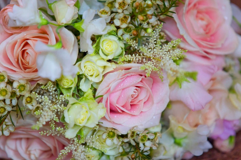 Keavil House Hotel wedding photography flowers pink roses