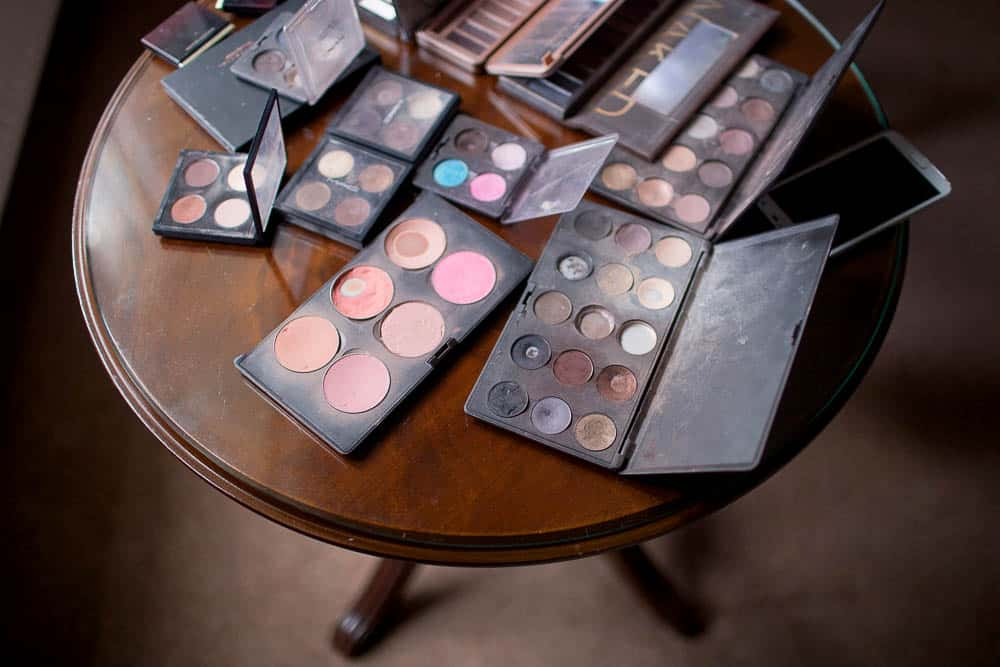 4 make up table