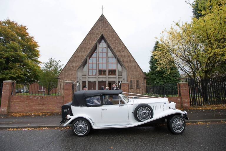 monica's chapel coatbridge - bride arrival