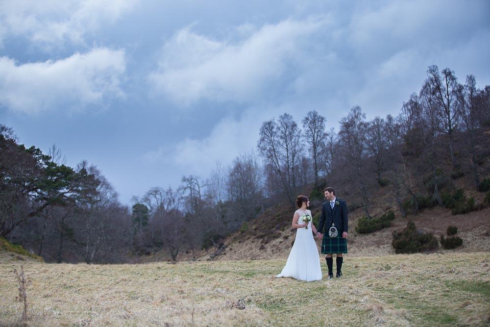 highland wedding photographer, carrbridge village wedding photography