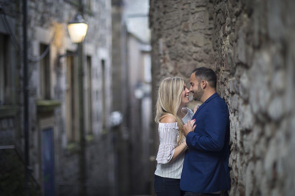 engagement photography Edinburgh romantic couple in close