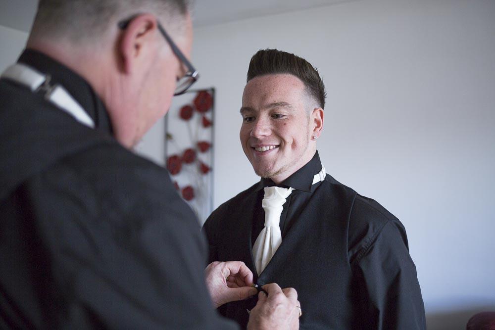 Invercarse Hotel wedding photography dundee - groom preparation