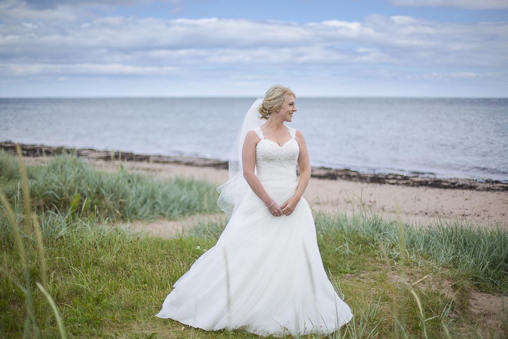 Invercarse Hotel wedding photography dundee 028 - bride at beach