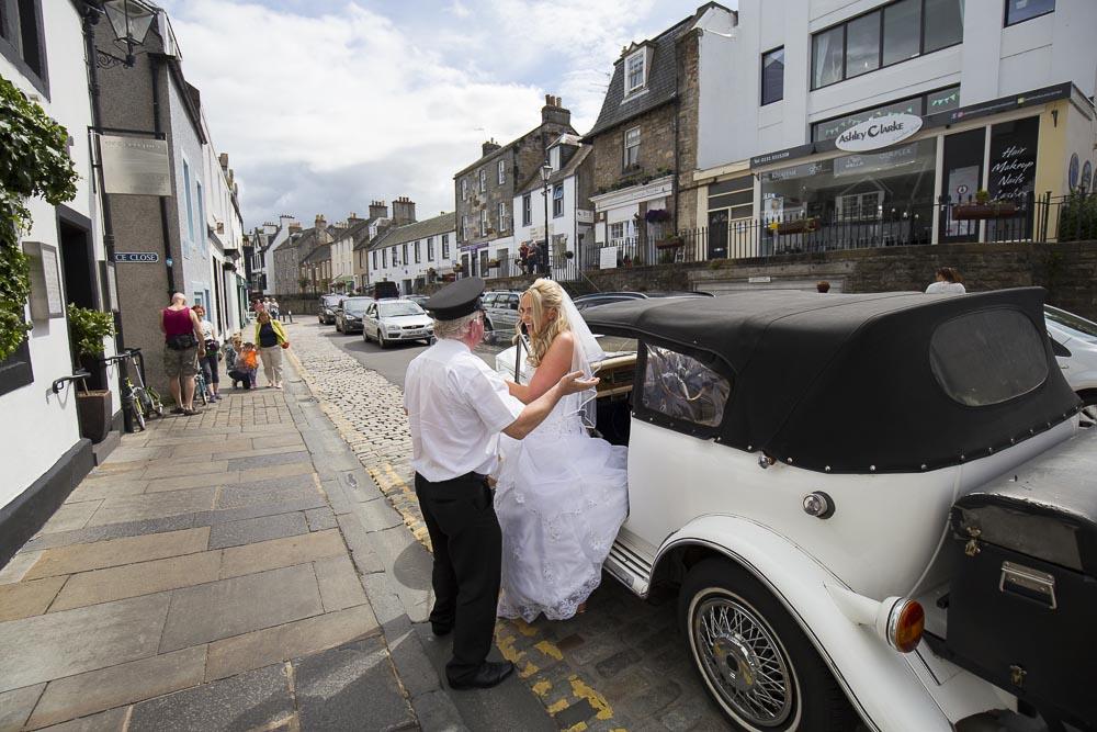 orocco pier wedding photography bride arrival to venue