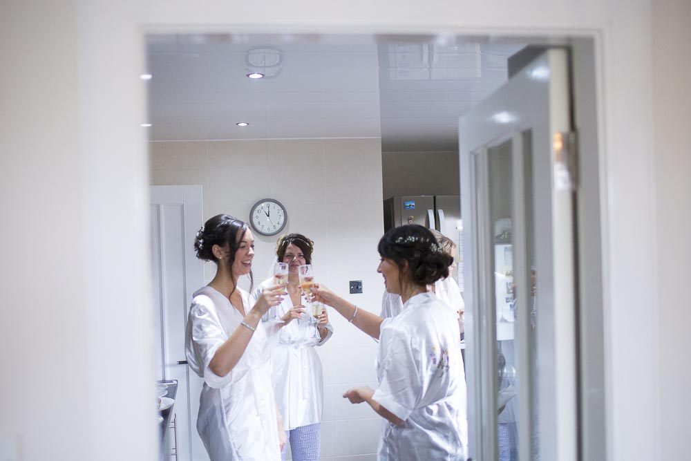 dunblane hydro wedding photography bridesmaids toast