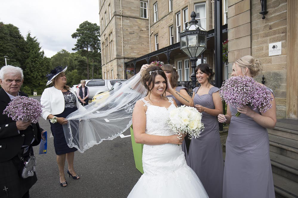 dunblane hydro wedding photography bridal party arrival